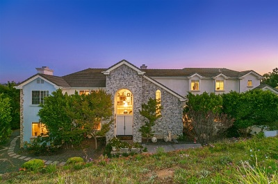 Fallbrook Single Family Home For Sale: 33 Rolling View