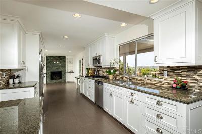 Vista Single Family Home For Sale: 1013 Stiles Ct.