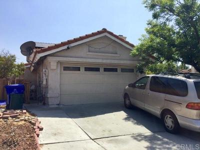 San Diego Single Family Home Contingent: 10685 Brookhollow Ct