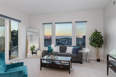 San Diego Attached Pending: 4057 1st Ave #304