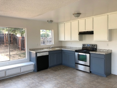 Escondido Single Family Home For Sale: 2642 Meadowlark Lane