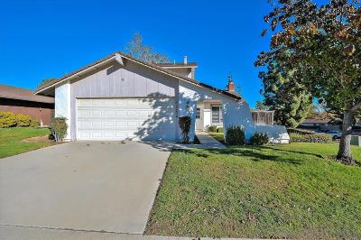 Escondido Single Family Home For Sale: 2204 Eastridge Ln