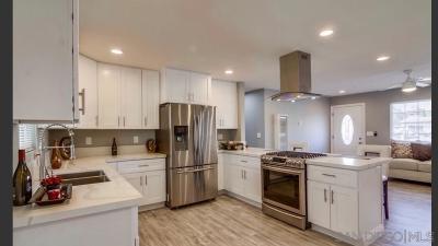 Chula Vista Single Family Home For Sale: 132 E Olympia St