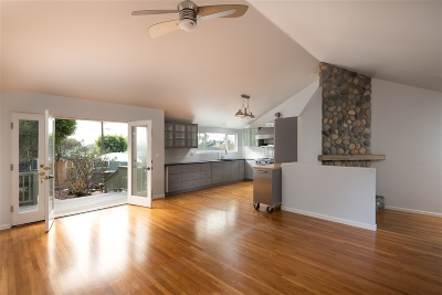 Pacific Beach, Pacific Beach Sail Bay, Pacific Beach, North Pacific Beach, Pacific Beach/Crown Point Single Family Home For Sale: 1245 Chalcedony St