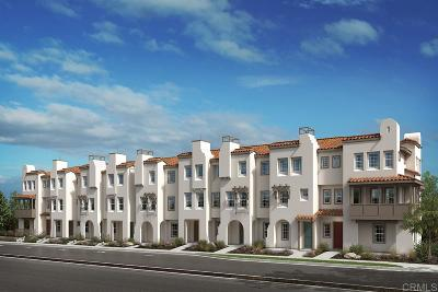 San Diego CA Townhouse For Sale: $915,828