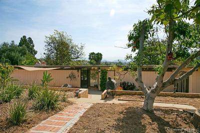 Single Family Home For Sale: 2022 E Alvarado