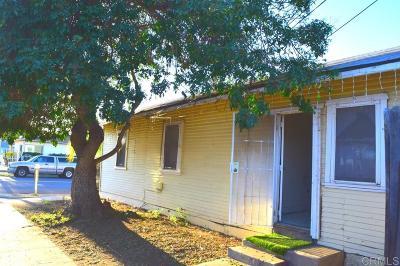 Oceanside Single Family Home For Sale: 702 Holly