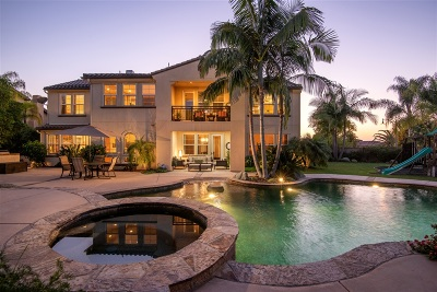 Single Family Home For Sale: 7682 Sitio Manana