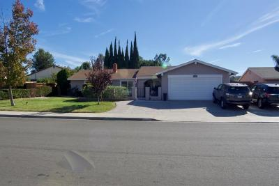 Escondido Single Family Home For Sale: 2617 Meadowlark Ln