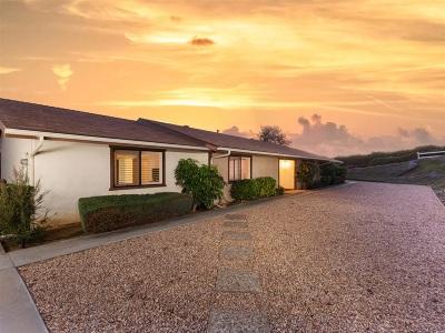 Fallbrook Single Family Home For Sale: 901 Pepper Tree Ln.