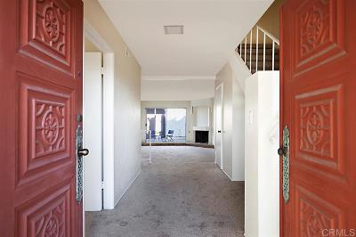Clairemont, Clairemont East, Clairemont Mesa, Clairemont Mesa East Townhouse For Sale: 4092 Mount Acadia Blvd