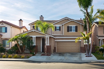 Oceanside Single Family Home For Sale: 343 Alamo Way