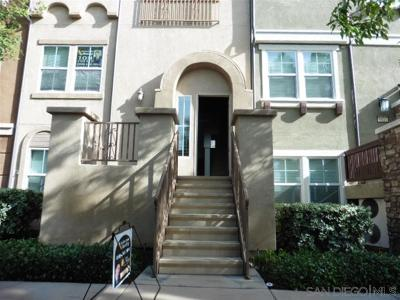 Santee Townhouse For Sale: 9812 Old Tree Ln