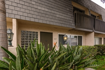 Solana Beach Townhouse For Sale: 825 Valley Avenue