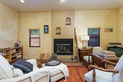 Escondido Single Family Home For Sale: 9763 Rancho Dr