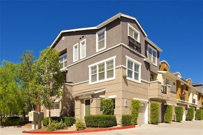 San Diego Townhouse For Sale: 8728 Esplanade Park Ln