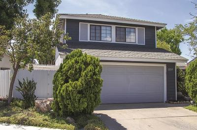 Vista Single Family Home For Sale: 2235 Cottage Way