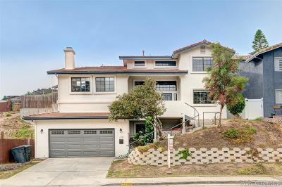 San Diego Single Family Home For Sale: 2390 Dusk Drive
