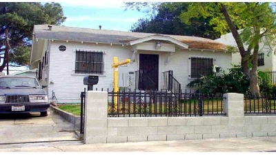 San Diego Single Family Home For Sale: 421 Milbrae St