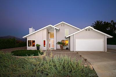 Poway Single Family Home For Sale: 17441 Tam O Shanter Dr