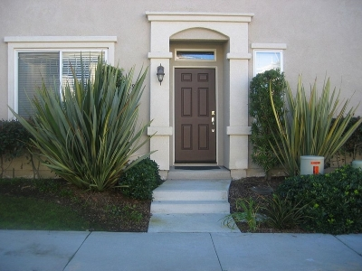 San Diego Townhouse For Sale: 10398 Scripps Poway Pkwy #84