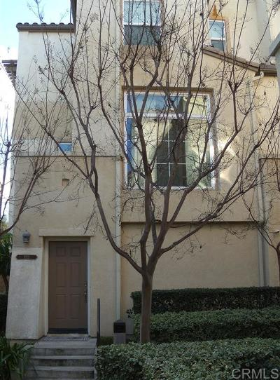 San Marcos Attached For Sale: 532 Almond Rd.