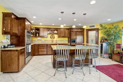 Single Family Home For Sale: Trailside Way