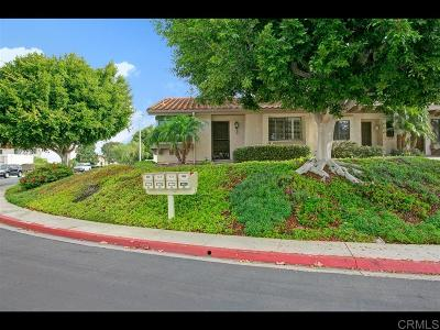 Carlsbad Townhouse For Sale: 6922 Pear Tree Drive