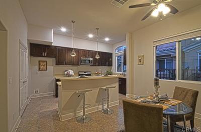 Chula Vista Townhouse For Sale: 778 Ada St #4