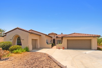 Fallbrook Single Family Home For Sale: 2855 Dos Lomas Place