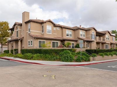 Carlsbad Townhouse For Sale: 6080 Citracado Cir