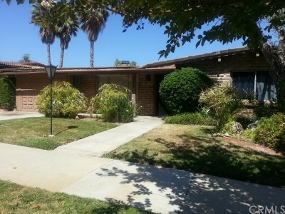 Fallbrook Single Family Home Contingent: 3264 Via Altamira