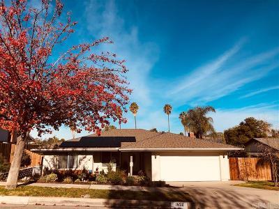 Escondido Single Family Home For Sale: 1652 Kenora Dr
