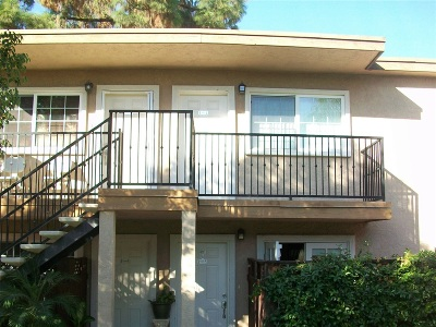 Attached For Sale: 605 S Mollison Ave. #207