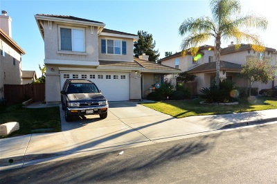 Chula Vista Single Family Home For Sale: 1417 Hidden Valley Avenue