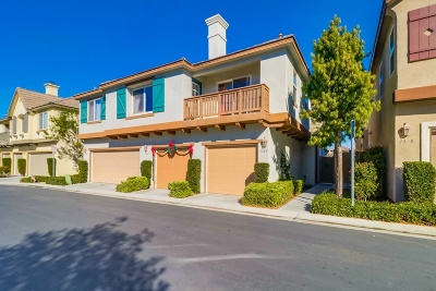 Chula Vista Townhouse For Sale: 1345 Burgundy Drive