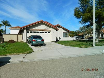 Chula Vista Single Family Home For Sale: 369 Ronna Pl