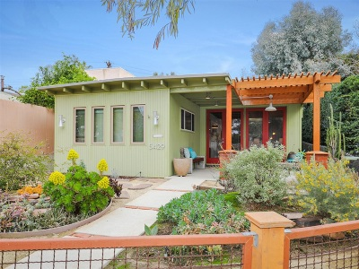 La Jolla Single Family Home For Sale: 5429 Bellevue Avenue