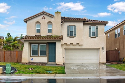 Chula Vista Single Family Home For Sale: 1490 Caminito Padova