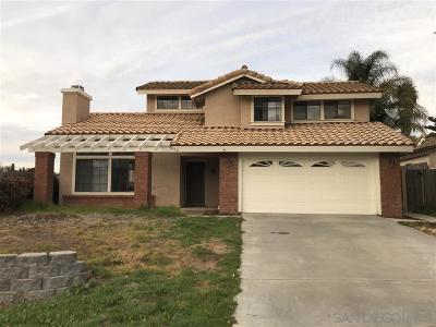 Escondido Single Family Home For Sale: 956 Sugarloaf