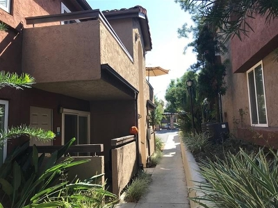 Attached For Sale: 101 S Spruce #206