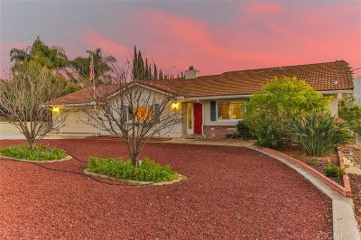 Vista Single Family Home For Sale: 3455 Royal Road