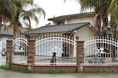 Riverside County Single Family Home For Sale: 475 Orange Creek Dr