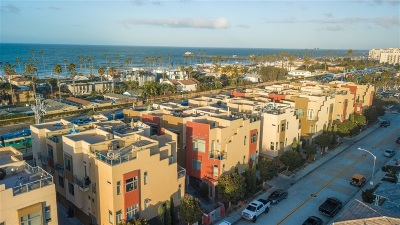 Ocean Side, Oceanside Townhouse For Sale: 465 S Cleveland St #103