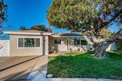 San Diego Single Family Home For Sale: 4410 Carib Ct