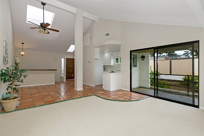 Encinitas CA Attached For Sale: $860,000