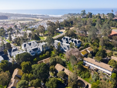Solana Beach Townhouse For Sale: 429 Bay Meadows