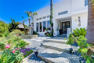La Jolla Single Family Home For Sale: 5590 Coral Reef Ave
