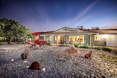 Valley Center Single Family Home Contingent: 30398 Via Valencia