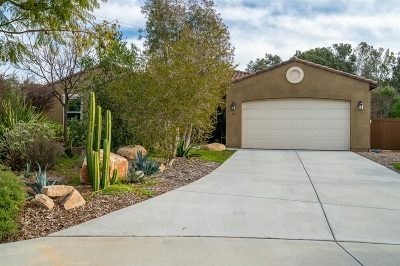Santee Single Family Home For Sale: 1697 Los Senderos
